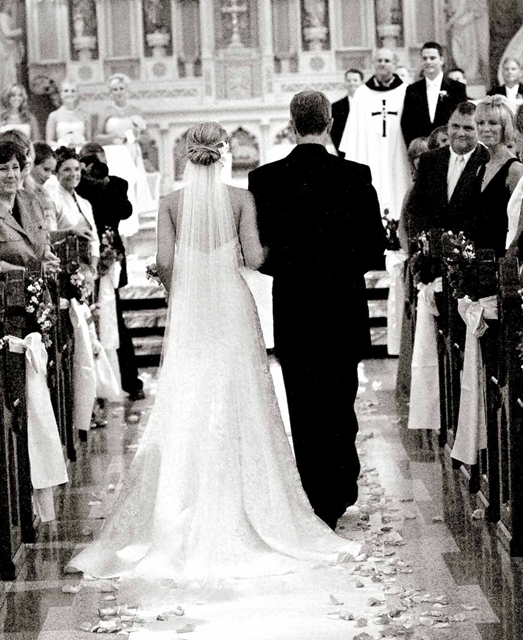 3b2fd960a856 Vi siete mai domandati perché la sposa siede alla sinistra del futuro  marito durante la celebrazione del matrimonio
